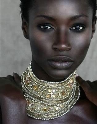 blackwomangoldnecklace